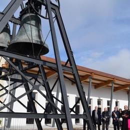 Fontanella per i terremotati Restaurate le campane di Norcia
