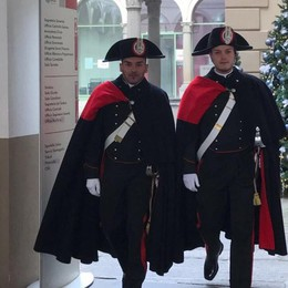 Città Alta, Sentierone e Treviglio I carabinieri vestono l'alta uniforme