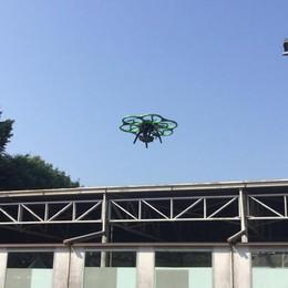 Amianto, controlli in città Un drone sopra 400 edifici