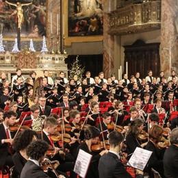 Giovani musicisti suonano per le missioni Il concerto di Natale in Basilica