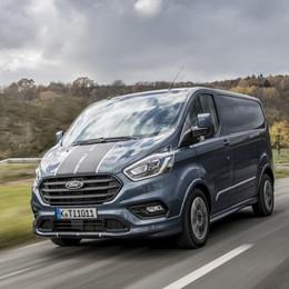 Nuovo Ford Transit Custom Stile e funzionalità