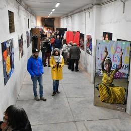 Via alla mostra «India nel cuore» 25 anni d'amore per i bambini