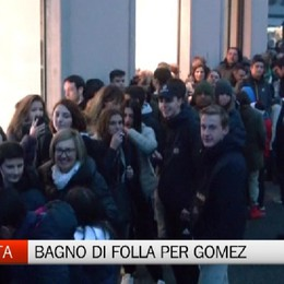 Atalanta Store, bagno di folla per Papu Gomez