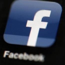 Novità Facebook, ecco le Storie e una nuova app per fotocamera
