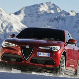 Suv Alfa Romeo Stelvio Allestimenti e motori