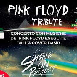 Sabato al Serassi di Villa d'Alme Pink Floyd Tribute per Jenni