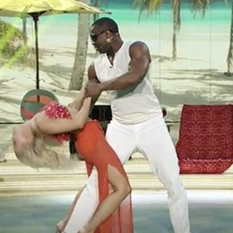 In pista l'anima cubana di Oney E il pubblico impazzisce per lui