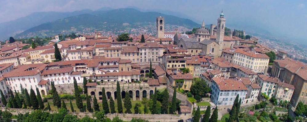 «Bergamo perla del Nord Italia» Anche i tedeschi scoprono la città