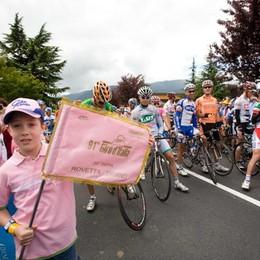 Il Giro d'Italia parte dai più giovani A Clusone «Fai Girare la Pace»
