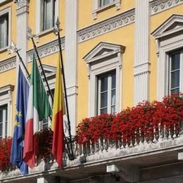 Il 29 maggio è la festa regionale «Il Comune esponga le bandiere»