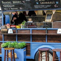 Street food ad Albino