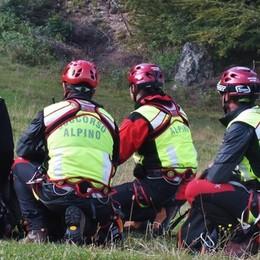 Sedrina, va in cerca di erbe e si perde 86enne trovata dai soccorritori