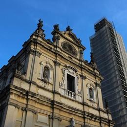 «Quel campanile mi piaceva tanto» A Stezzano scalatore solitario in azione