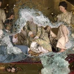 Rubato l'oro della Madonna della Gamba Ladri in azione a Desenzano di Albino