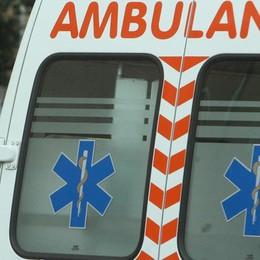 Calcinate, scontro tra 2 auto Cinque feriti, anche due bimbi