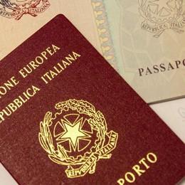 Boom di passaporti: 22mila in 6 mesi «Accolte tutte le richieste dei cittadini»
