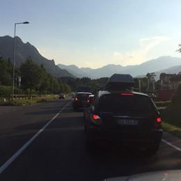 Domenica di rientro, code nelle valli Valle Seriana, 40 minuti per fare un km