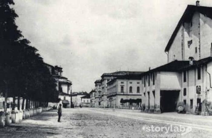 Il teatro Riccardi nel 1880