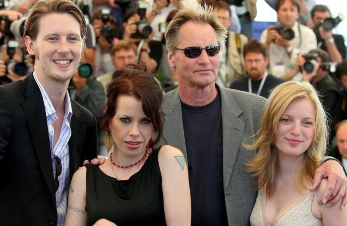 - (L-R) US actor Gabriel Mann, US actress Fairuza Balk, US actor Sam Shepard and Canadian actress Sarah Polley pose