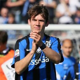 L'Atalanta riabbraccia de Roon Il centrocampista   a Bergamo