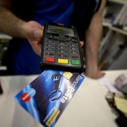 Multe a chi non accetta il bancomat «A Bergamo rischio 8 mila sanzioni»
