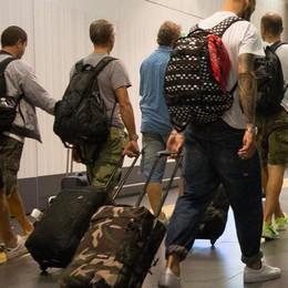 Parte da Orio ma a Maiorca si ferma Un centinaio di vacanzieri bloccati