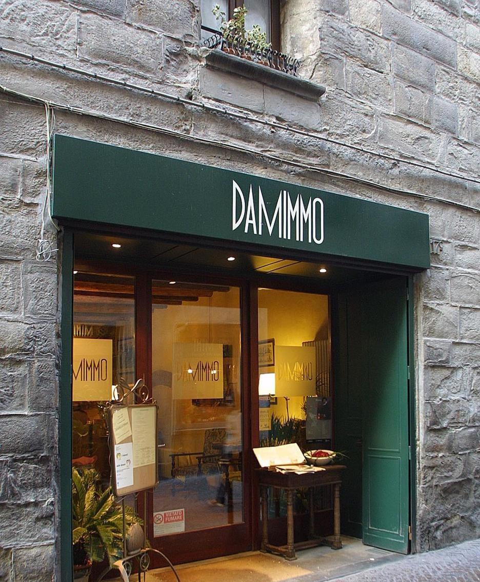 Bergamo addio a mimmo foto video la sua pizza da 60 for B b bergamo alta