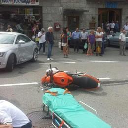 Schianto a Castione, auto contro moto Elisoccorso per una ragazza di 24 anni