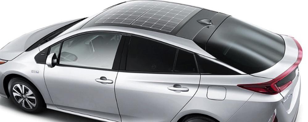 La nuova Toyota  a energia solare Il tetto è un pannello solare