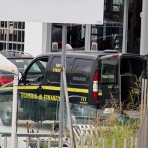 Allevatore di Scanzo nasconde 7 auto Comprate per rivenderle: denunciato