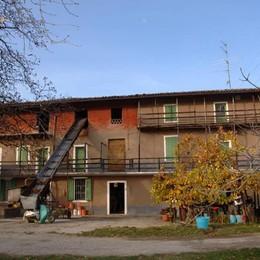 Villa di Serio, addio a Cascina rossa Al suo posto sorgeranno delle villette