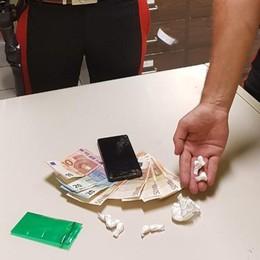 Blitz in appartamento a Osio Sotto Recuperati droga e mille euro