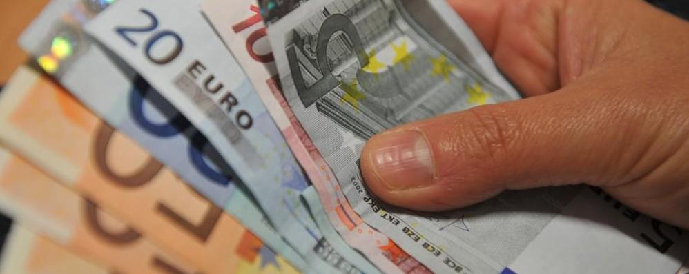 In valigia 36mila euro non dichiarati Deve lasciarne 4mila in dogana a Orio