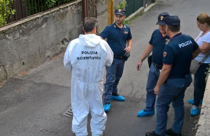 Bergamo, 23enne uccide il patrigno a coltellate e ferisce la madre