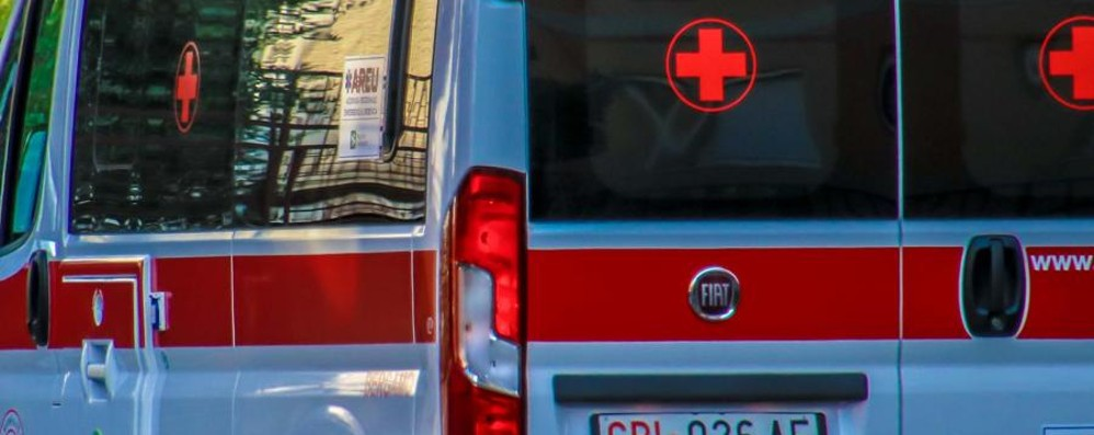 Ranzanico, scontro tra auto Un ferito, code sulla statale 42