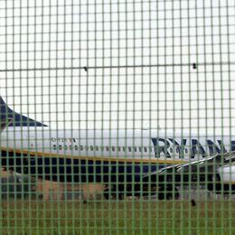 Ryanair, aperta l'inchiesta in Procura «Ora i passeggeri saranno parte offesa»