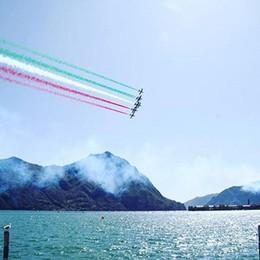 Le Frecce Tricolori volano sui social Monza e poi Lovere, il video di un pilota