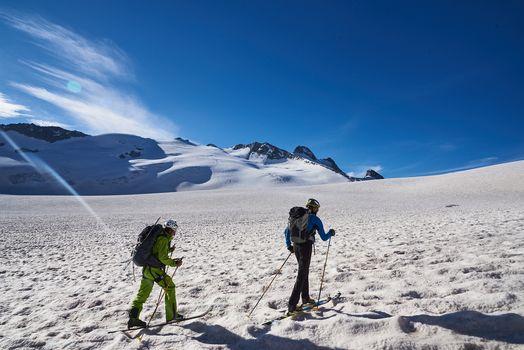 Dal ghiacciaio Presena al Corno Bianco