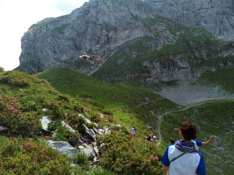 Alle 16 l'anteprima del filmato dall'elicottero