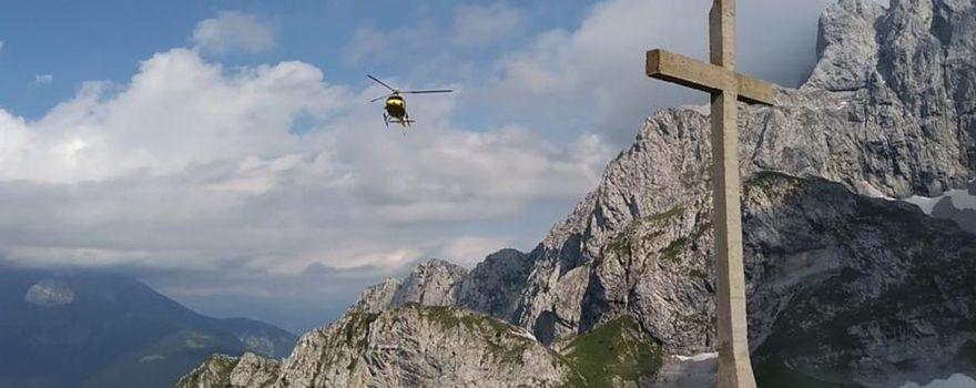 Croce dei minatori di Colere, Simone Moro vola in aiuto