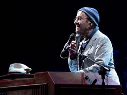 Musica In Lutto Morto Lucio Dalla Era In Svizzera Per Una Tournee Ecodibergamo It Cultura E Spettacoli None