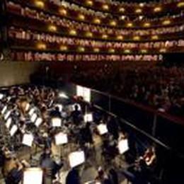 Bergamo Musica Festival 2013  In scena c'è «La finta semplice»
