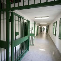Detenuto in dialisi perde 18 kg  Remuzzi lo visita al Regina Coeli