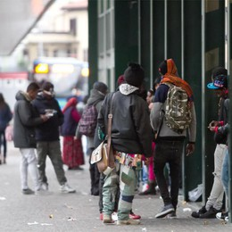 Rubano  smartphone agli studenti  Almeno 3  baby gang alle Autolinee
