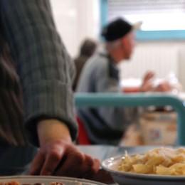 Mangiano pesce in mensa  Mapello, 8 intossicati in azienda