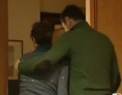 Maura Gambirasio lascia lo studio accompagnata dall'l'avvocato Enrico Pelillo