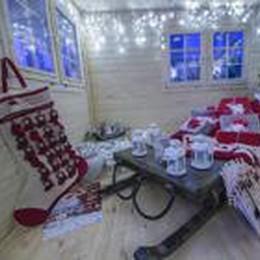Babbo Natale in piazza Vecchia  Musica e spettacoli nel weekend
