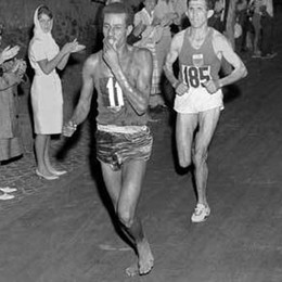 Le Olimpiadi del '60, Bikila e i forconi