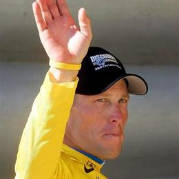 Armstrong, la prima combine  a 22 anni in un hotel di Bergamo
