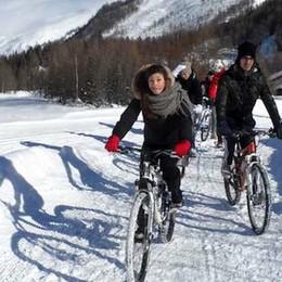 Giri in snow bike   sotto il Monte Bianco